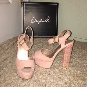 NEW Qupid blush pink platform heels with glitter